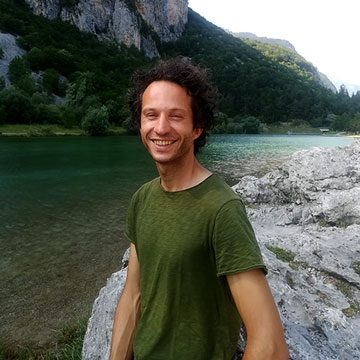 MattariVita Trento | Yoga, Stretching, Shiatsu, Perception walking, Agricoltura San Lorenzo Dorsino Trento | img Mattia Cornella